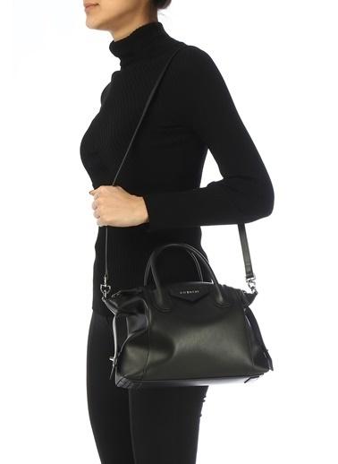 Givenchy Givenchy 101611363 Antigona Small Deri Askılı Kulplu Fermuar Kapatmalı Logolu Kadın Omuz Çantası Siyah